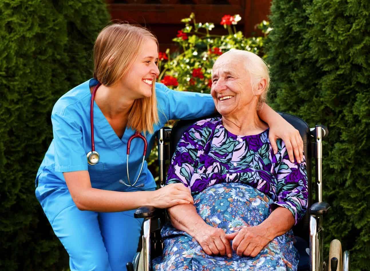 Почему платный дом престарелых, а не государственный